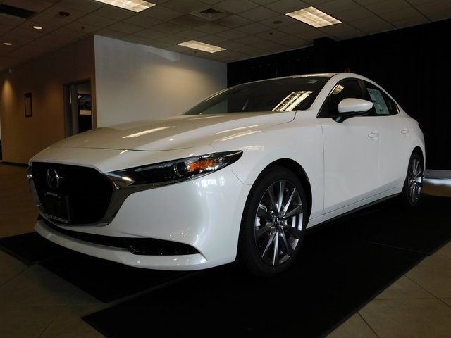New 2019 Mazda3 Base w/Select Package
