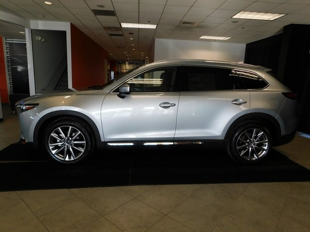 Pre-Owned 2018 Mazda CX-9 Signature